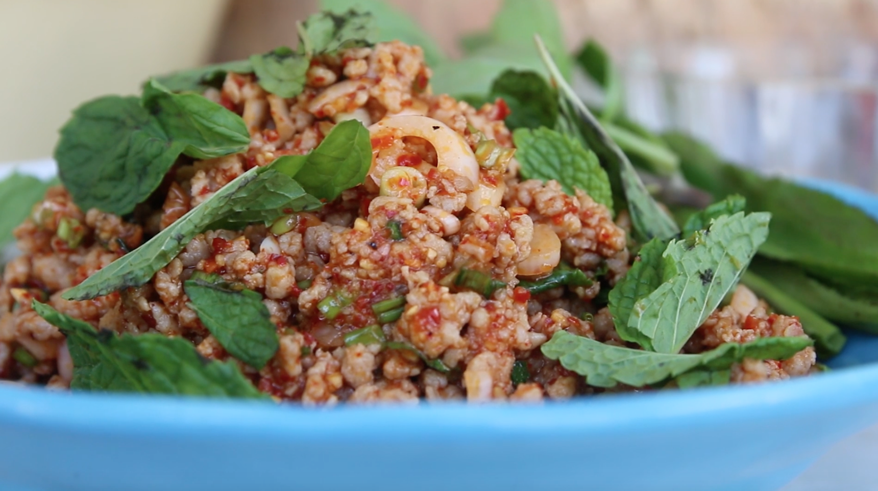 How to Make Authentic Thai Larb