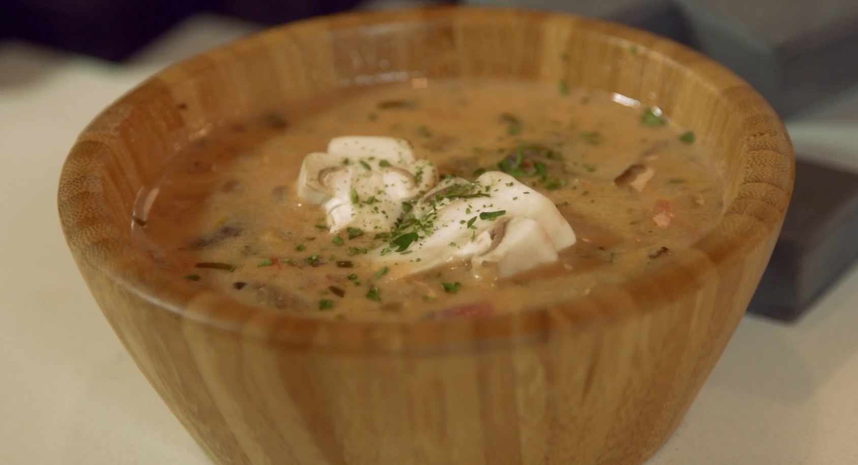 How to Make Mushroom Stew from the Game 'Minecraft'