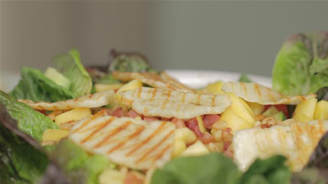 Fresh and Fruity Mango and Pancetta Salad Recipe