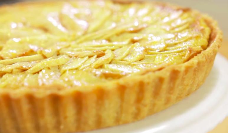 How to Make Tarte Aux Pommes