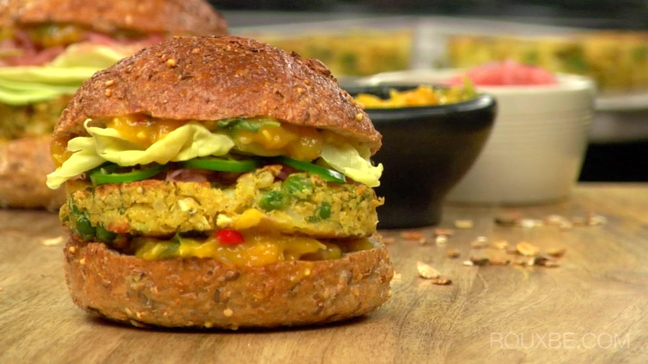 Indian Samosa Burgers I Plant-Based