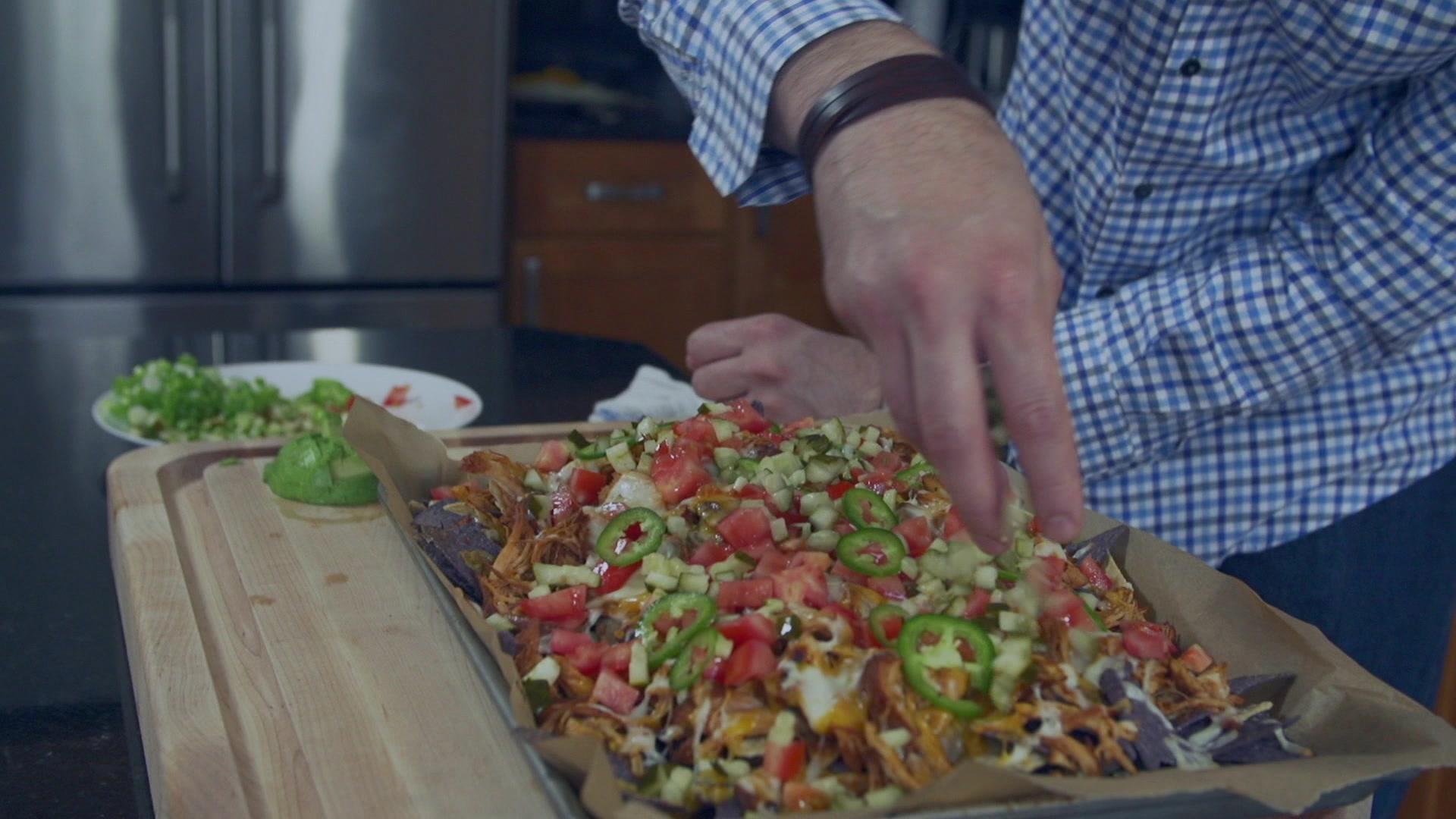 How to Make Slow Cooker BBQ Chicken Nachos