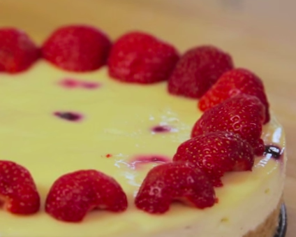 How to Make a Summer Fruits Cheesecake