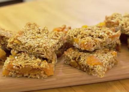 Sticky Apricot Flapjack Recipe