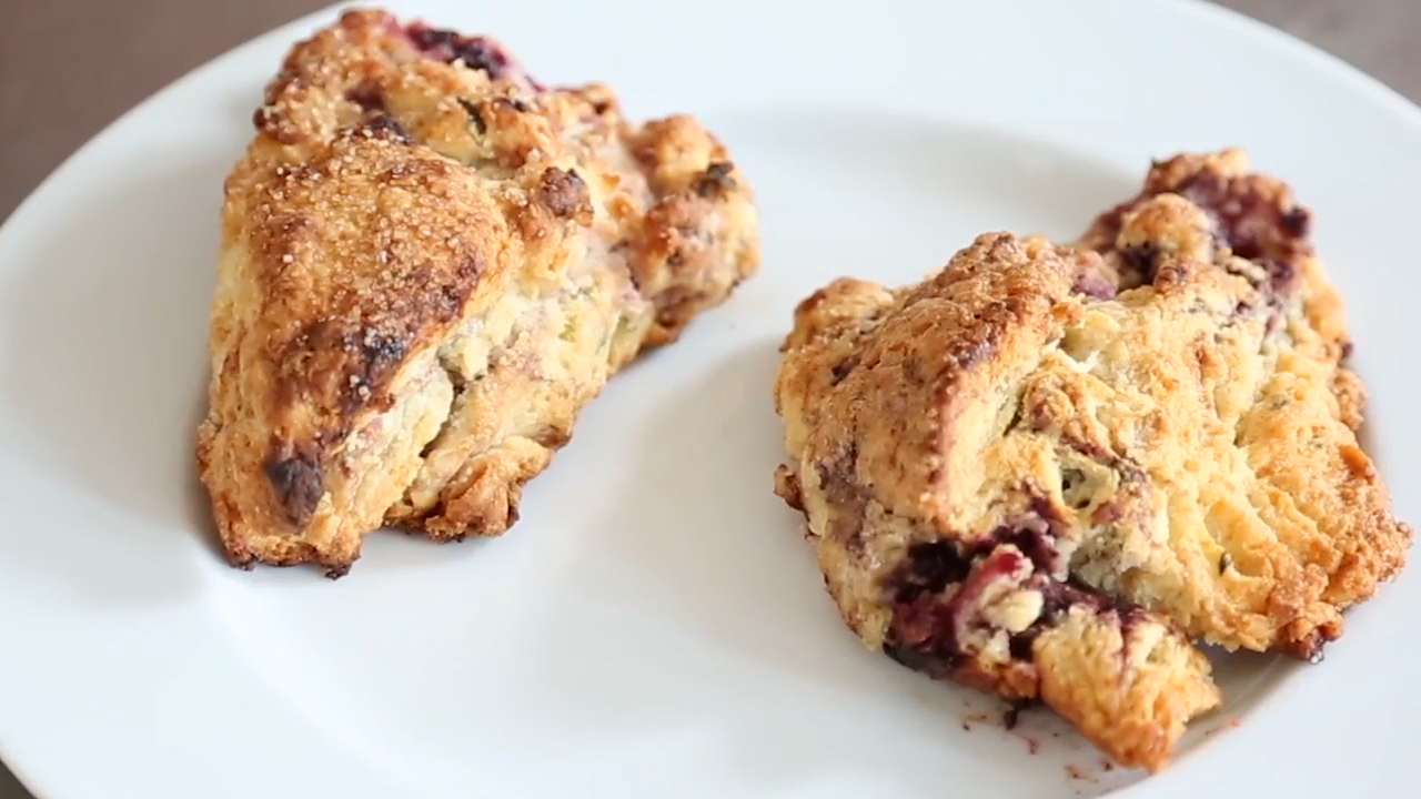 How to Make Ovenly's Blackberry-Mint Scones