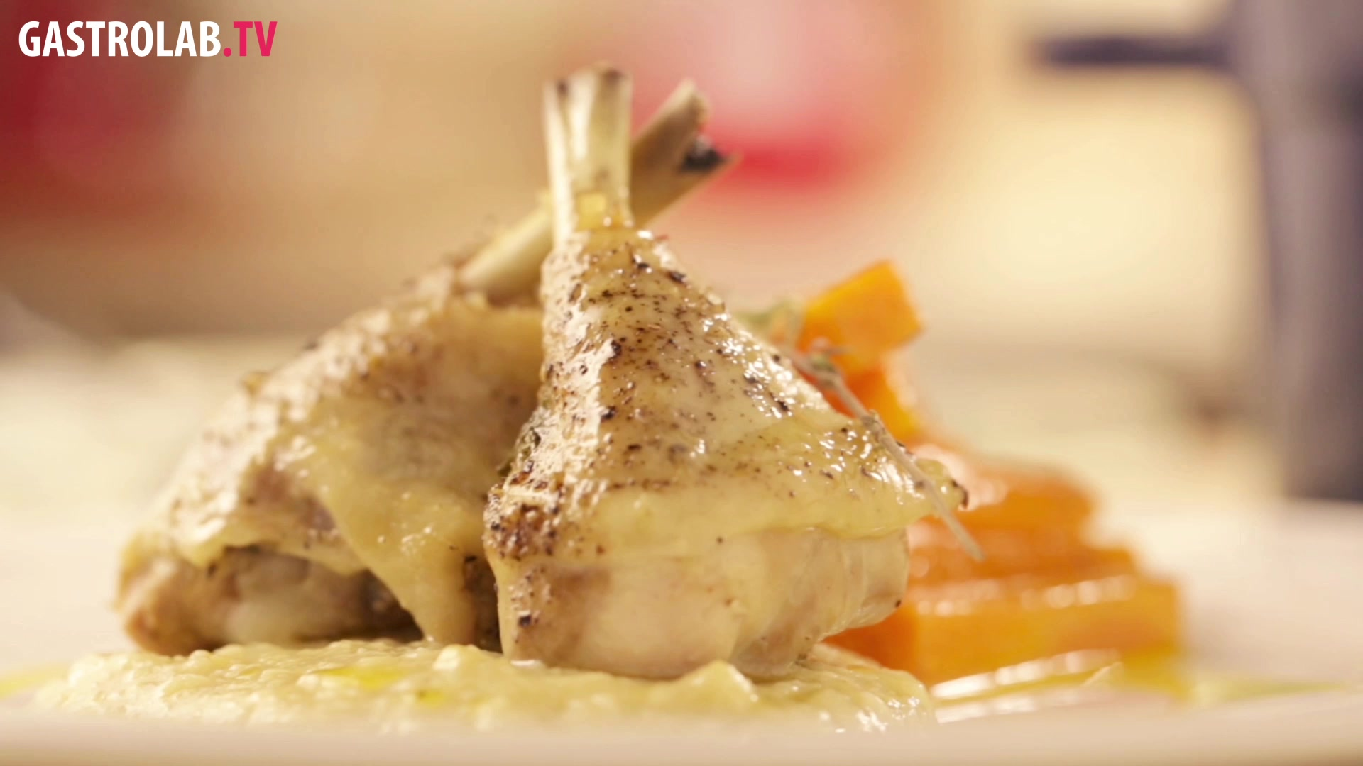 How to Make Chicken With Forty Garlic Cloves