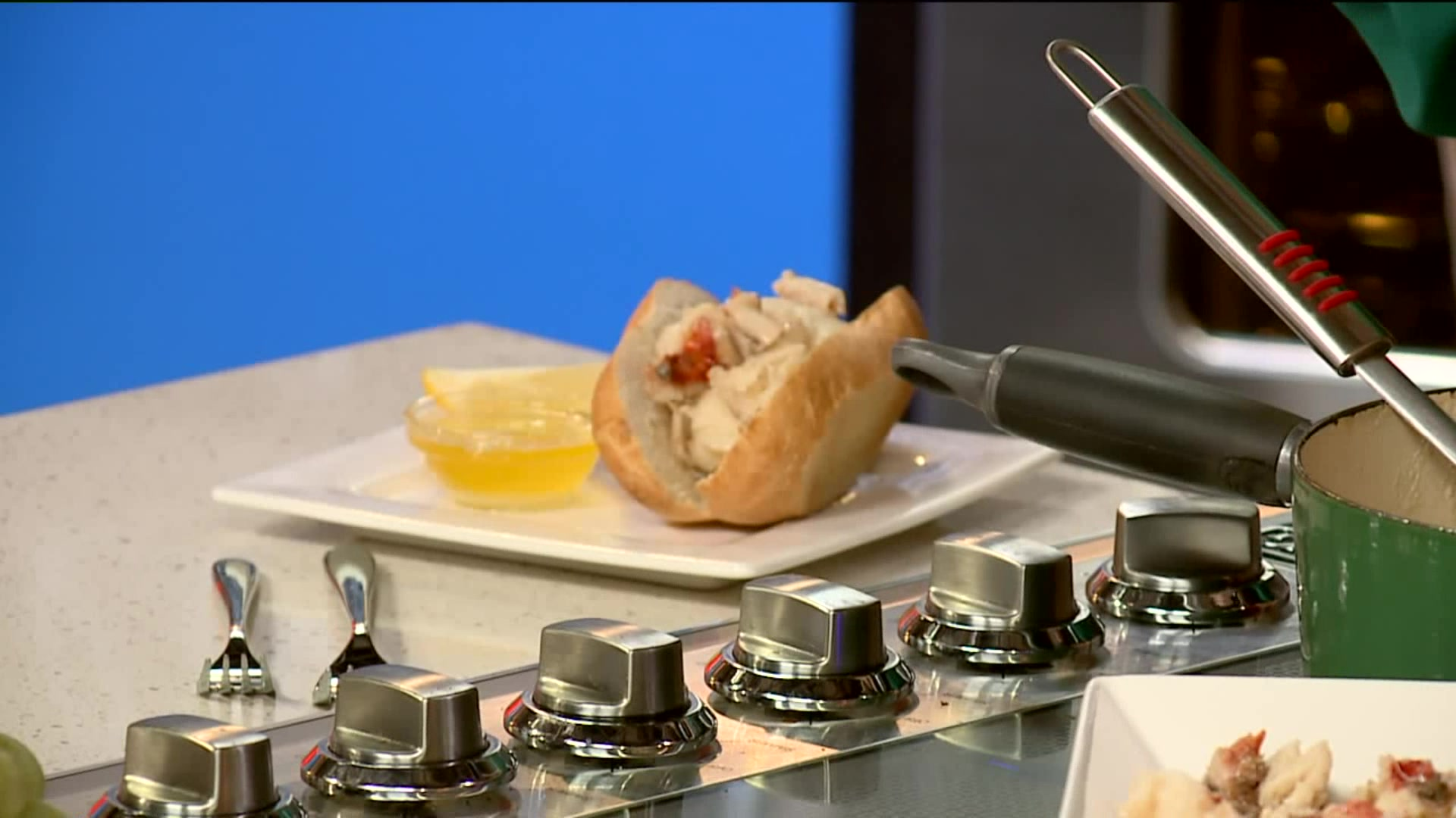 How To Make 5 Minute Lobster Rolls