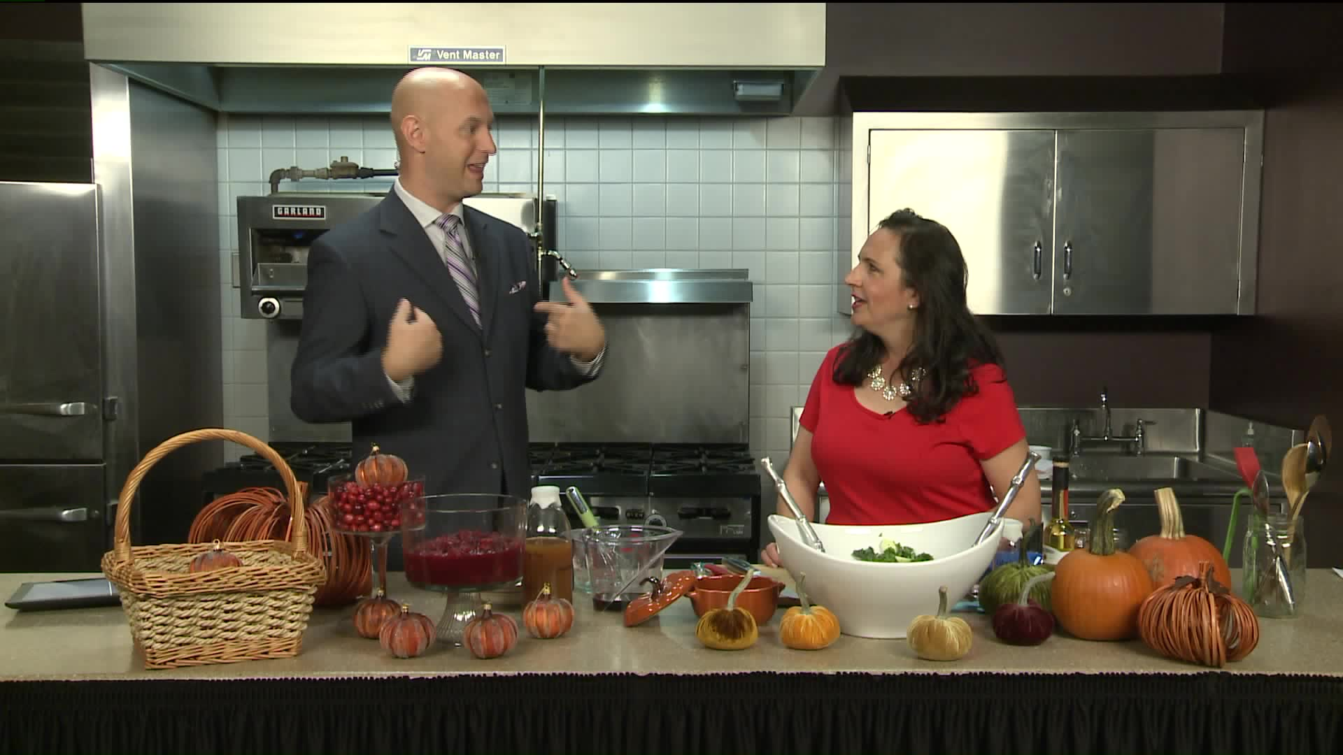 How To Make Kale Arugula Salad & Pear-Cranberry Ginger Chutney