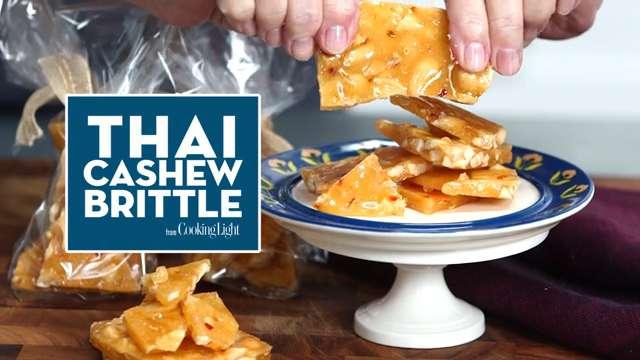 How to Make Thai Cashew Brittle