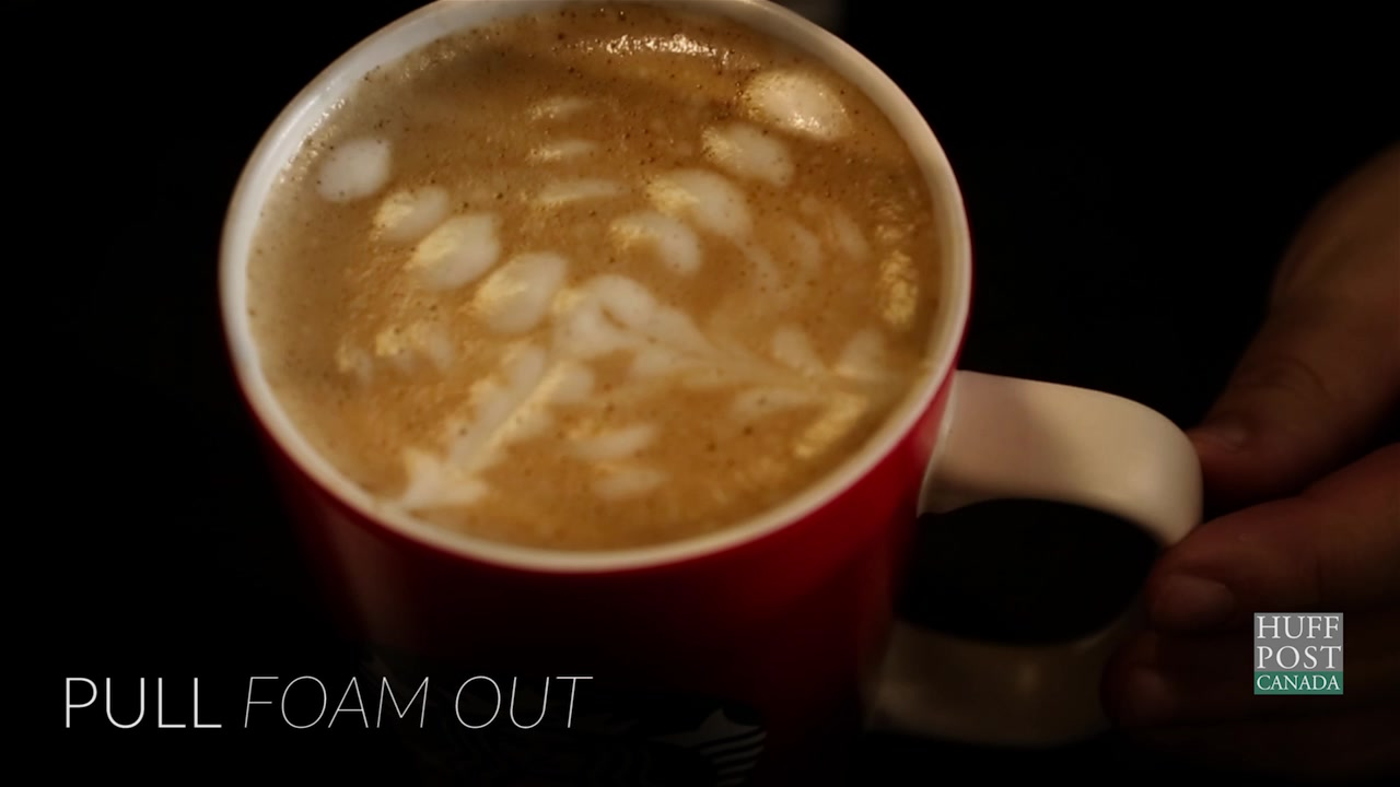 Holiday Latte Art To Get You In The Festive Mood