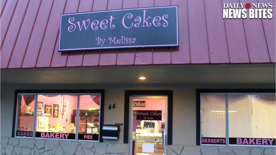 Oregon Bakery Pays $135,000 to Same-Sex-Couple for Refusing to Bake