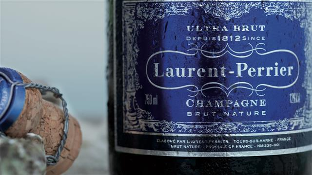 Weekend Sip: Dry Champagne for New Year's Eve
