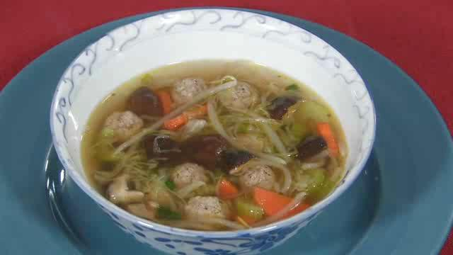 Thai Foodcast: Pork Ball Soup