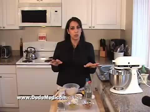 How to Make Mediterranean Cheesecake