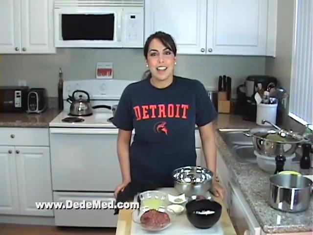 How to Make Meat Stuffed Grape Leaves