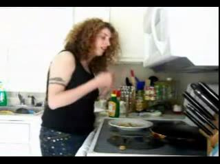 How to Make Indian-Spiced Shrimp - Eating Low with Amy 9