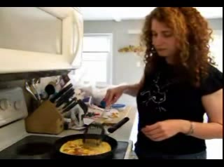 How to MaKe Tamago (Egg Sushi) - Eating Low with Amy 7