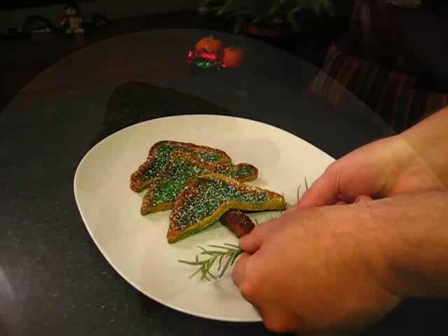 How to Make French Toast Christmas Trees