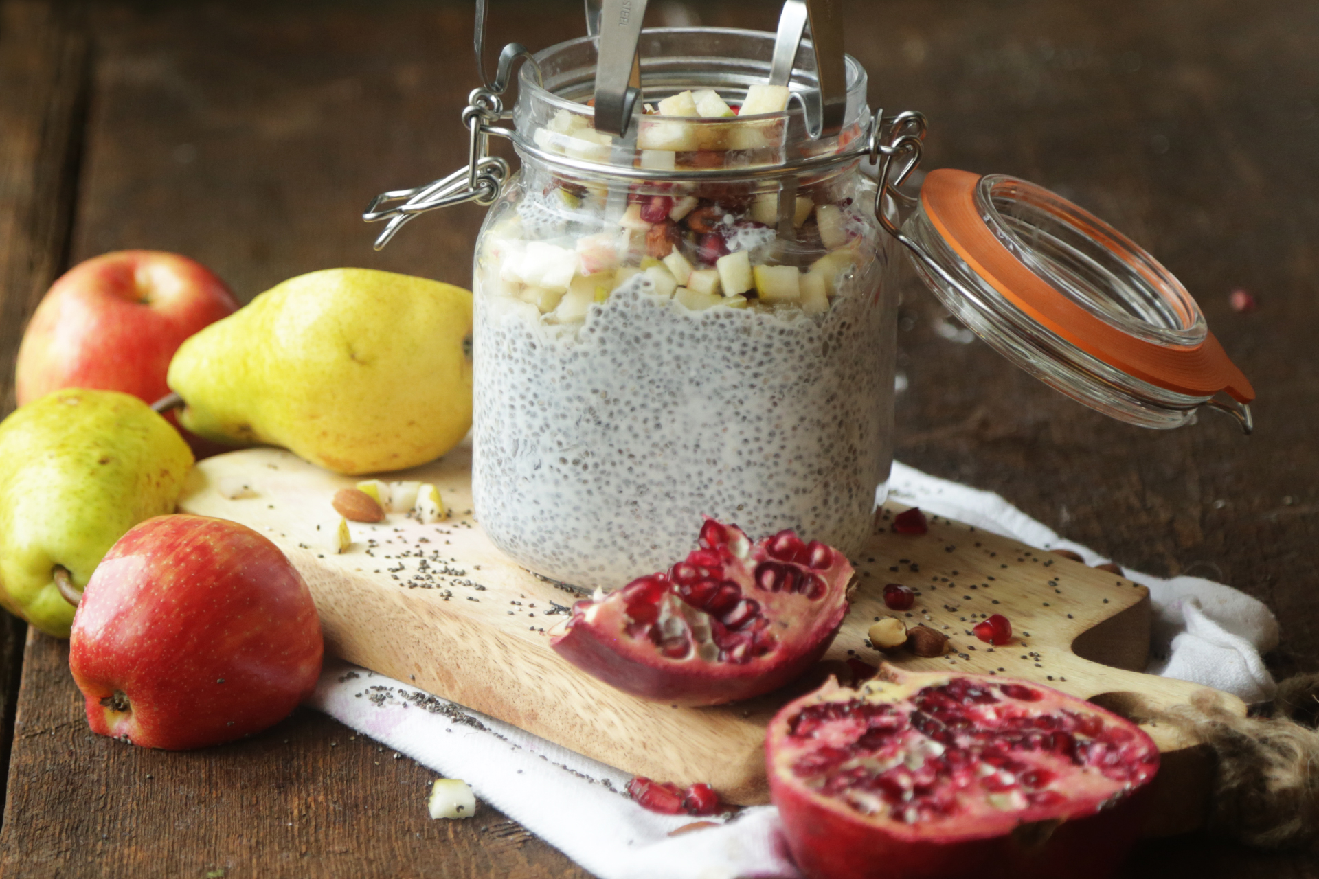 How to Make Chia Seed Pudding with Fruit