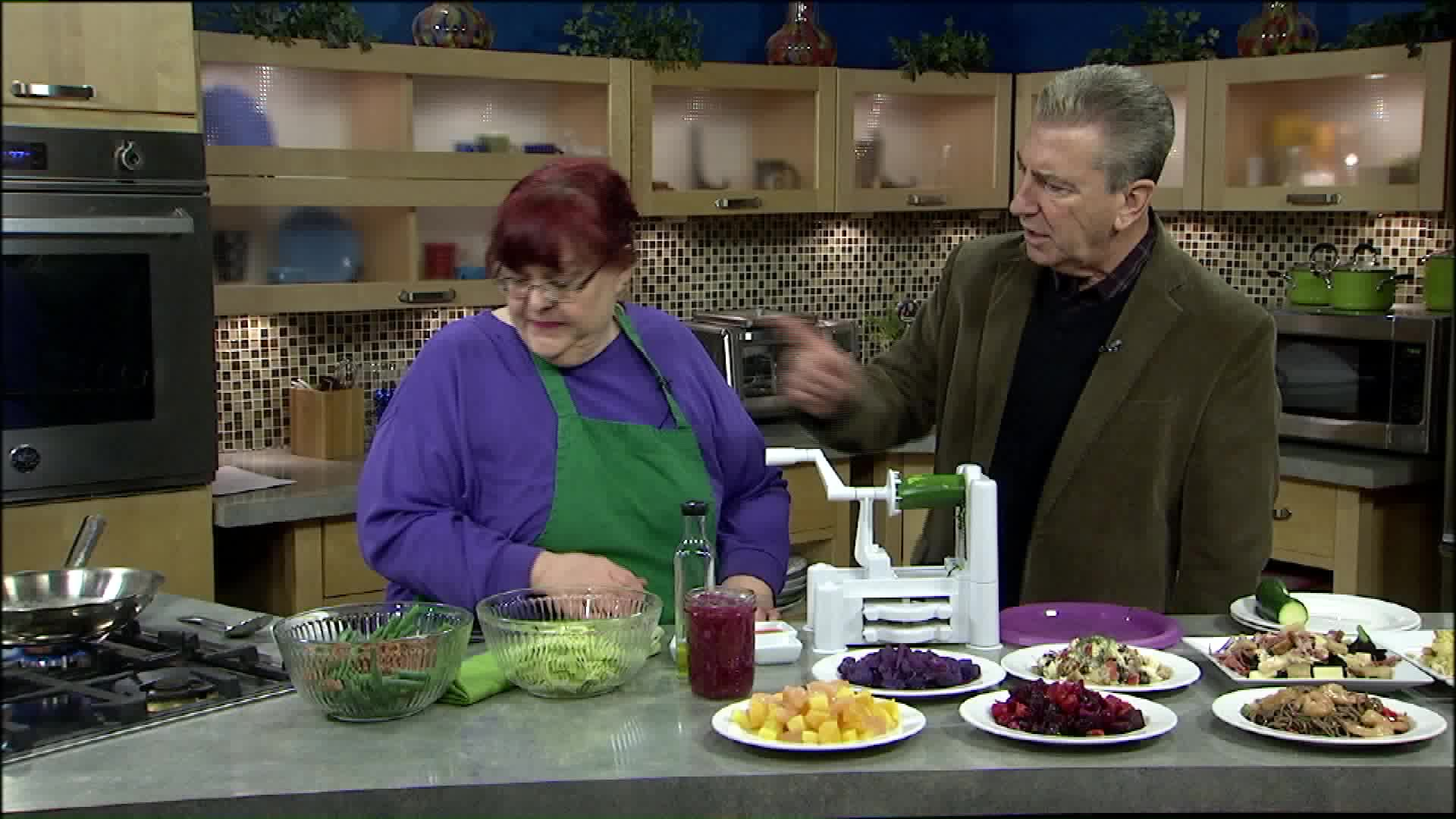 Chef Shares Winter Salad Recipes That Will Fill You Up