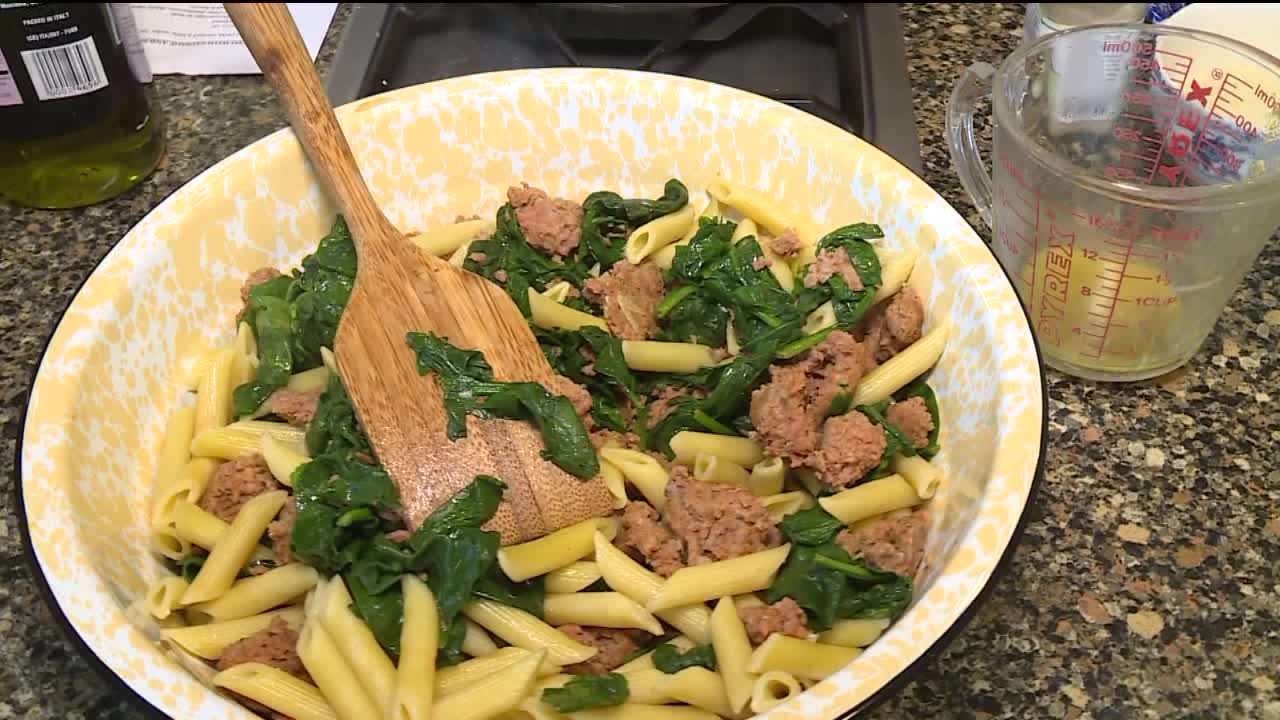 How To Make Pasta With Sausage And Spinach