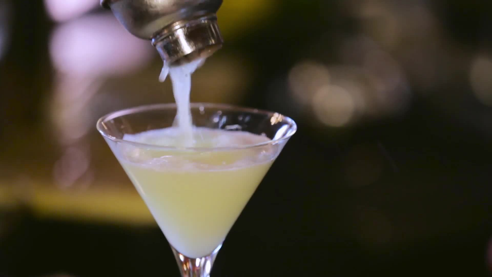 Drink Up: The Pear Martini at Off the Record in Washington D.C.