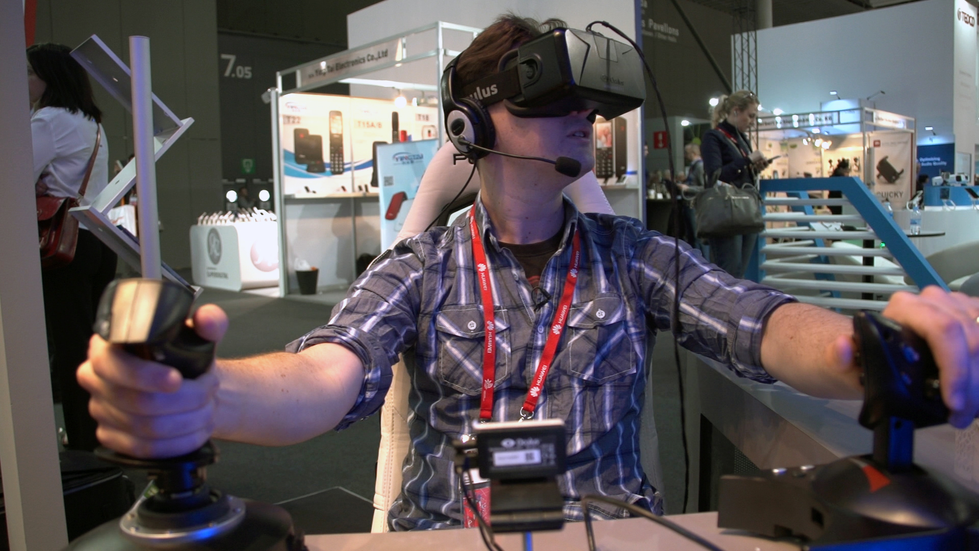 CNET Puts Team VR to the Test in Virtual Mars Mission