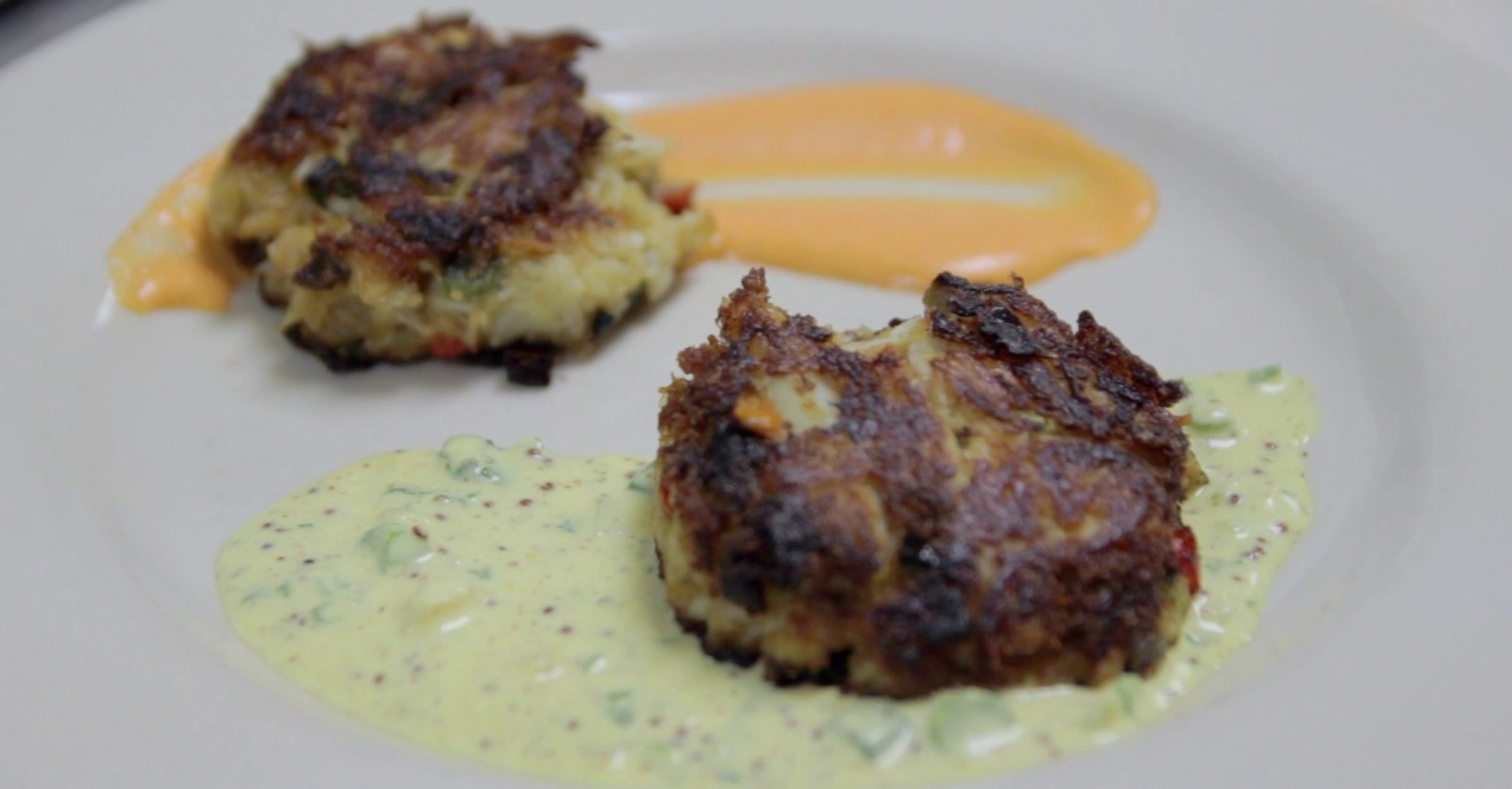 Fancy Crab Cakes For Your Oscar Party