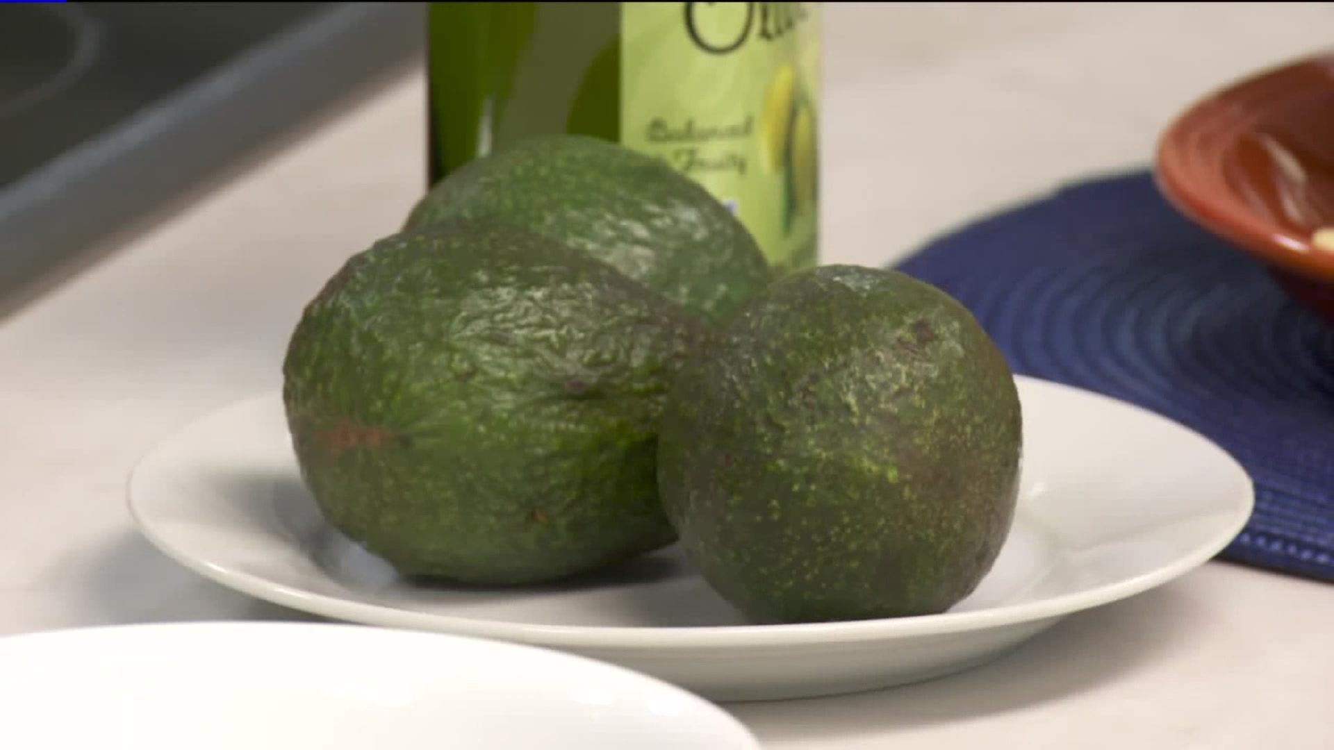 How to Make Guacamole With a Healthier Twist