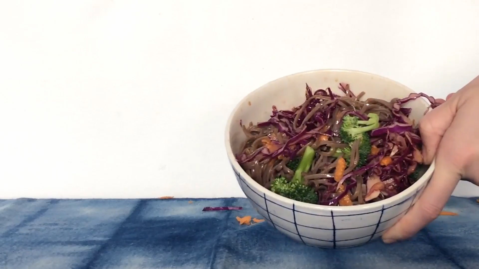 How to Make a Healthy and Quick Asian Noodle Salad