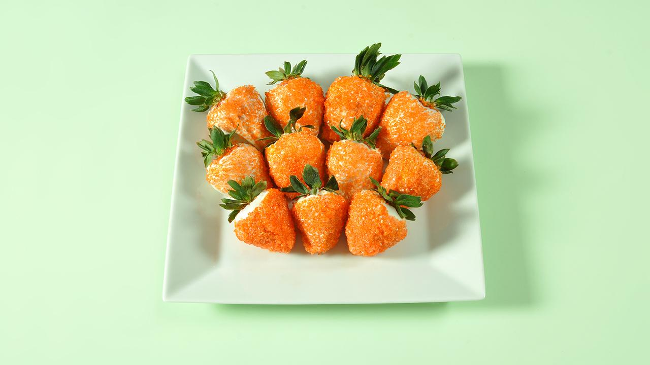 """How to Make Chocolate-Covered Strawberry """"Carrots"""""""