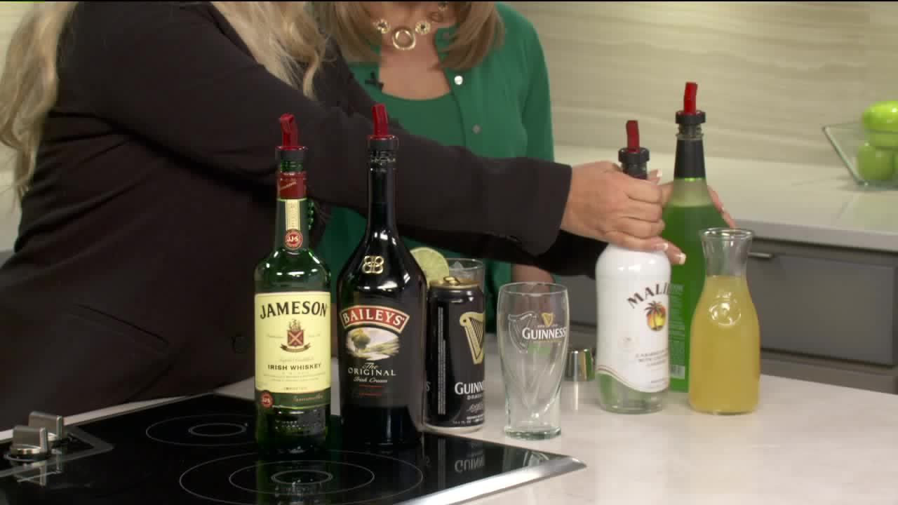How To Make A Lucky Leprechaun Cocktail For St. Patrick's Day