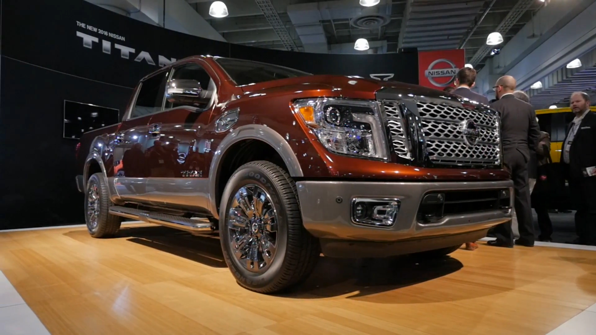2016 nissan titan xd with gas fueled v8 starts at 36485 autoblog vanachro Image collections