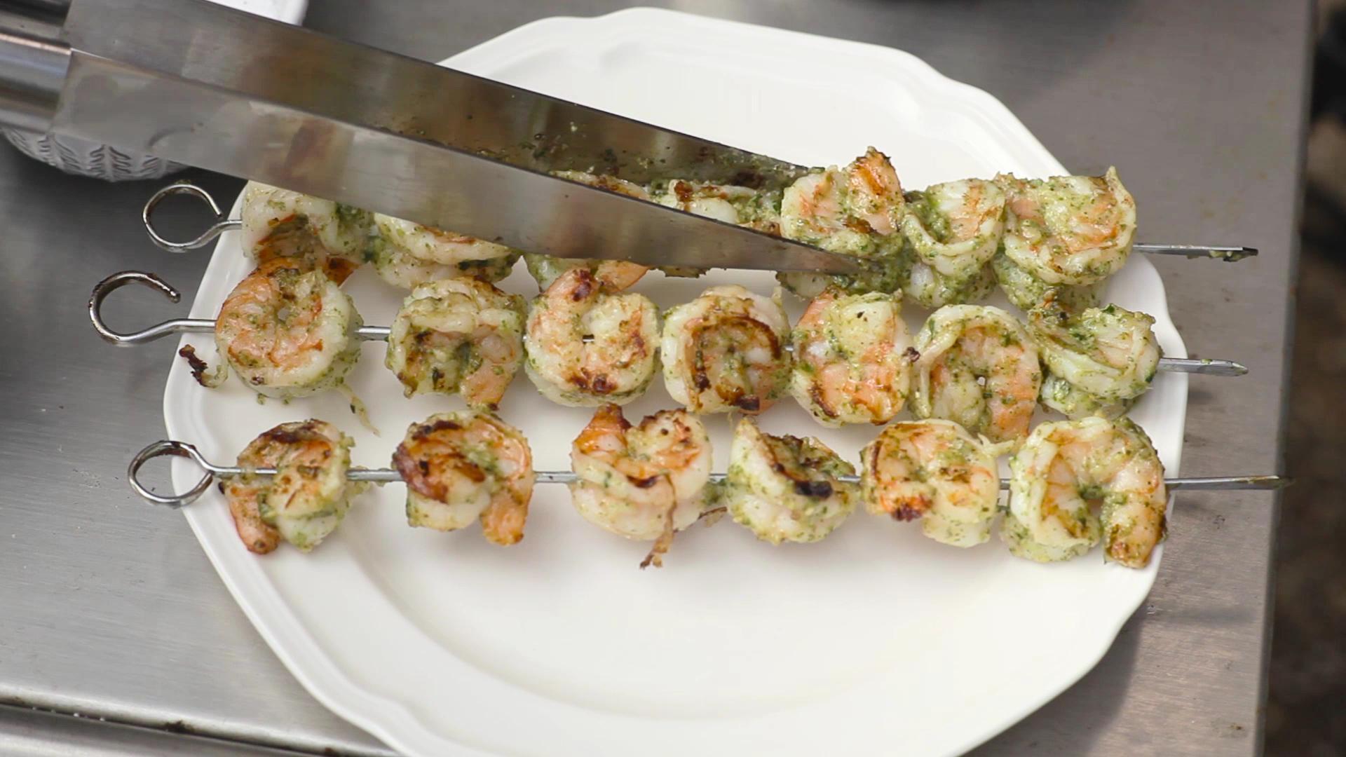 Grilled Pesto Shrimp Mediterranean Salad Recipe