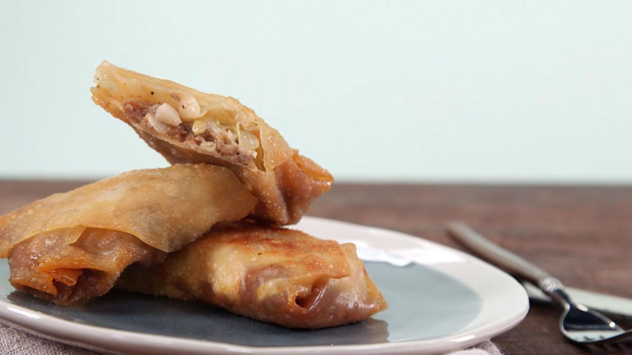 How to Make BBQ Egg Rolls