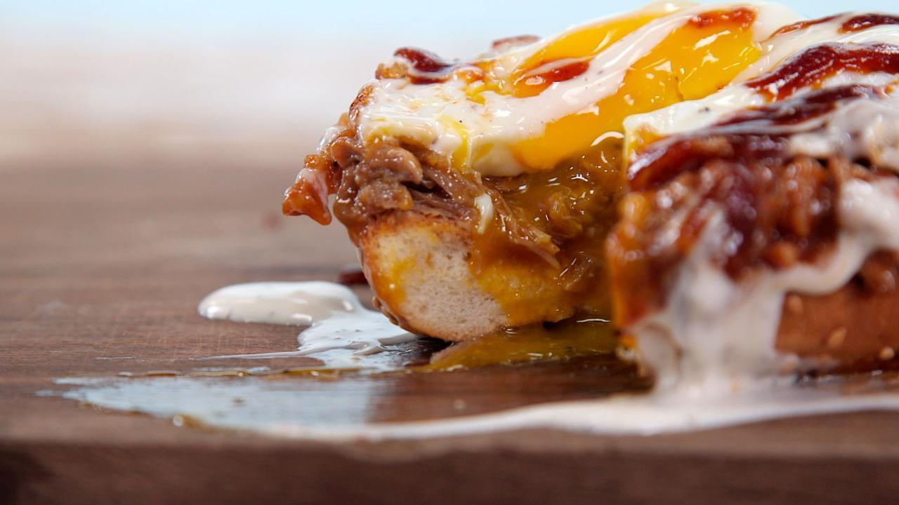 How to Make a BBQ Bagel Breakfast Sandwich
