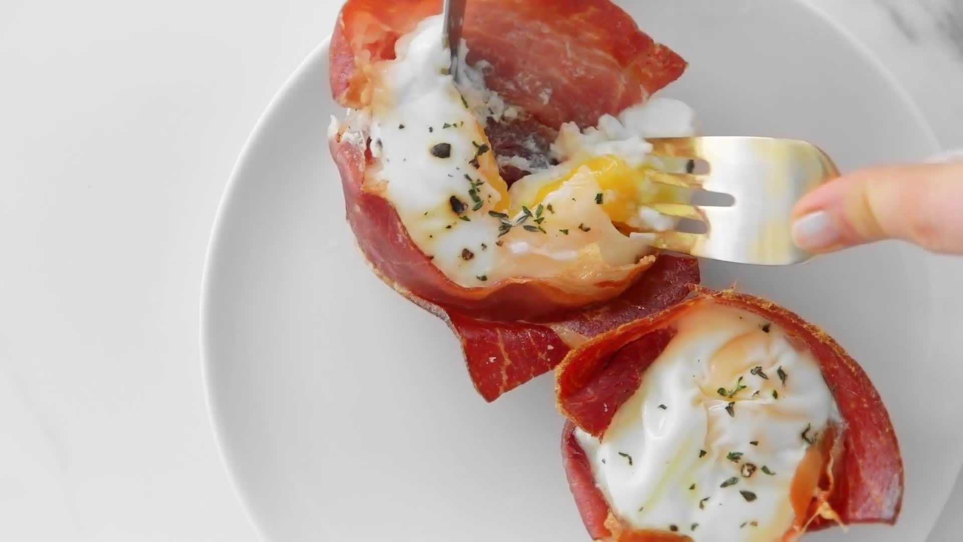 How to Make Prosciutto Egg Baskets