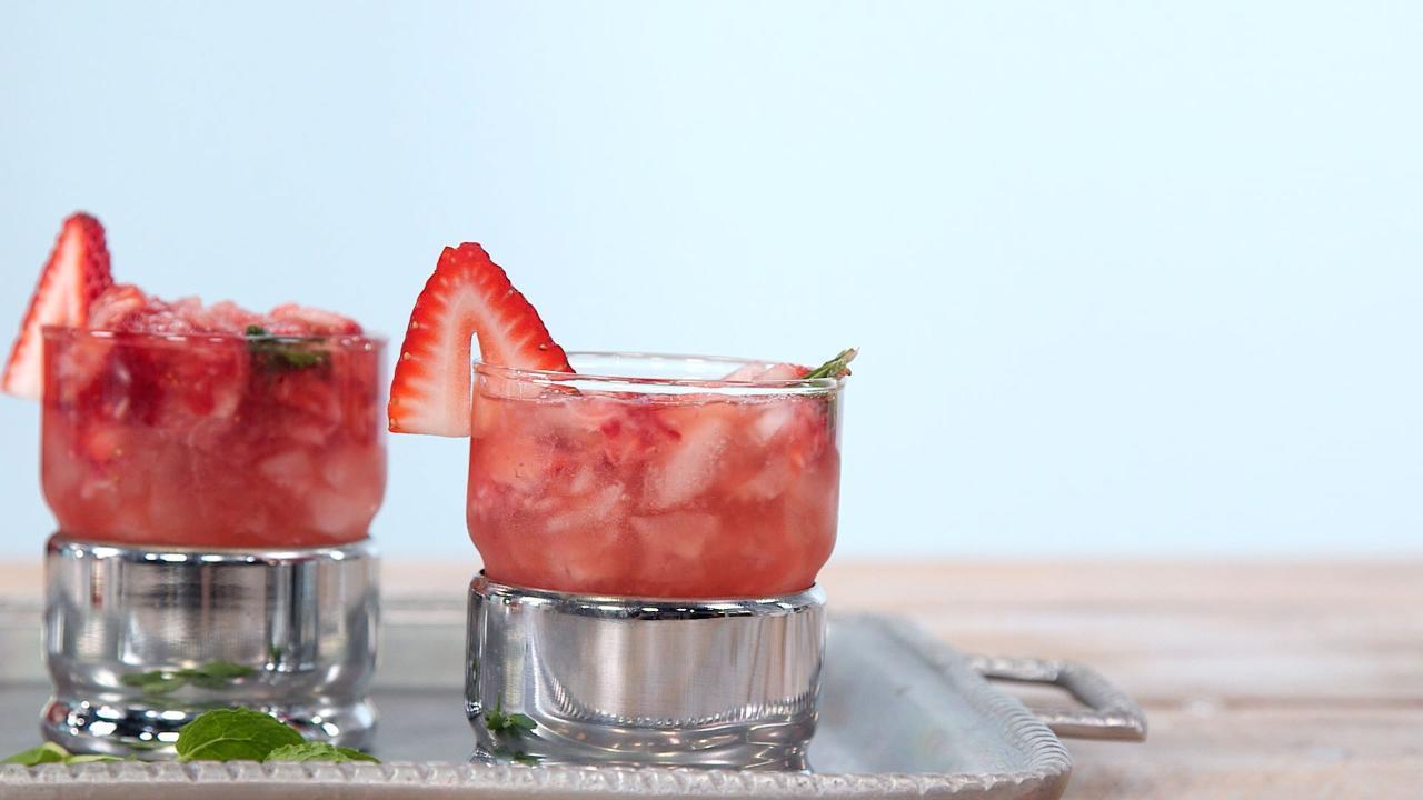 Strawberry Mint Juleps