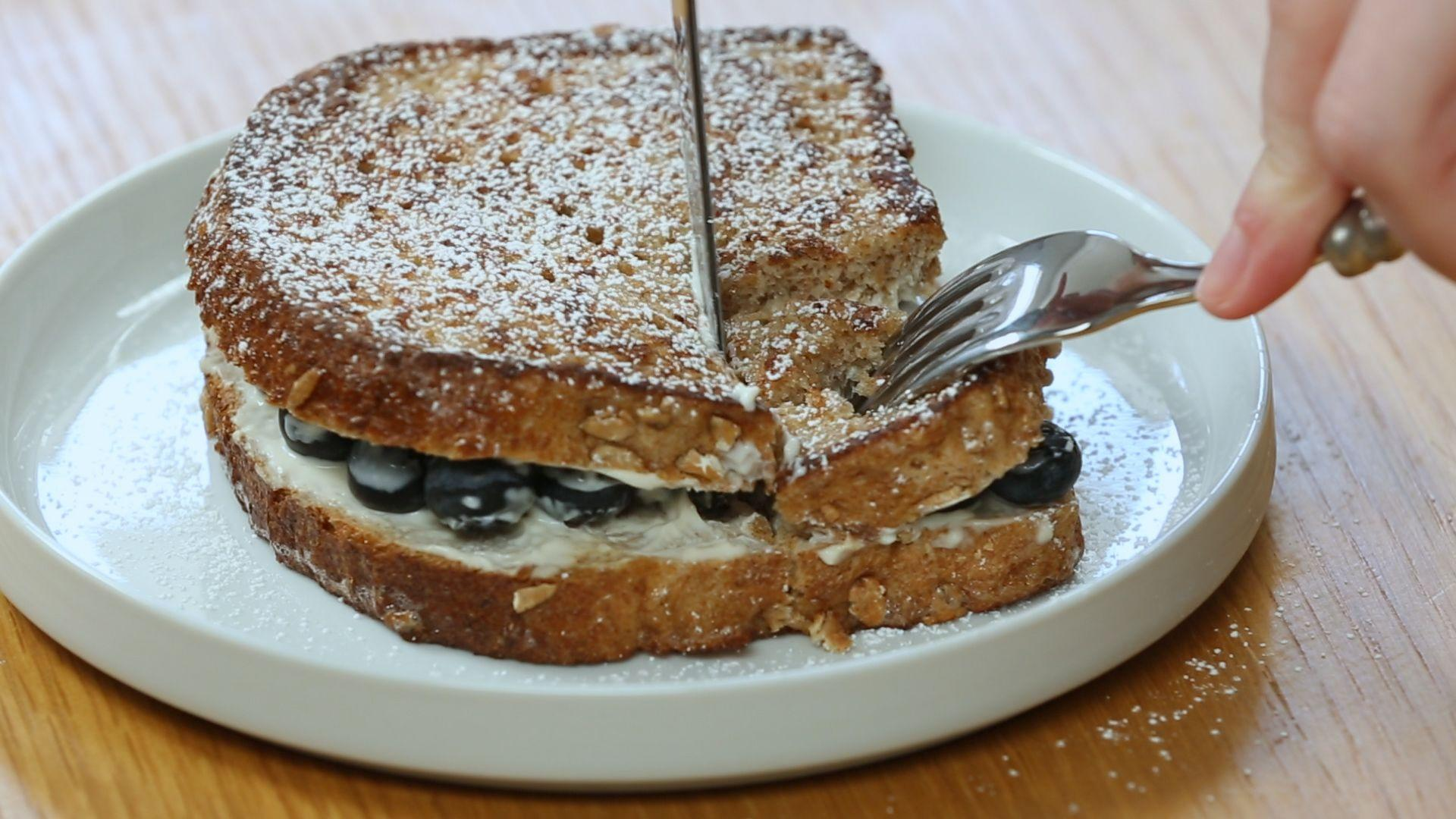 How to Make a Simple and Healthy Blueberry-Stuffed French Toast Breakfast
