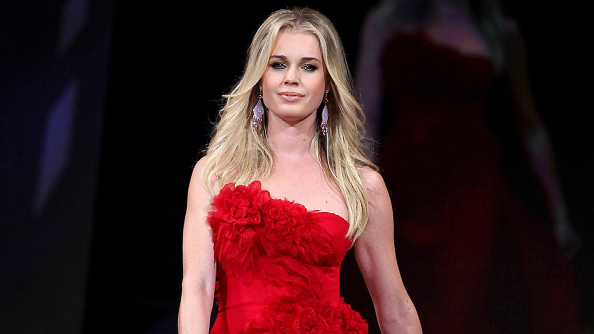 rebecca romijn biographie - photo #42