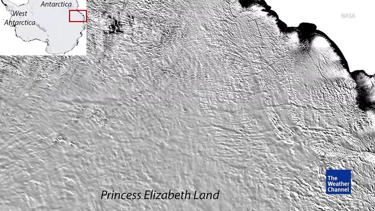 Birth of Huge Icebergs Seen from Space