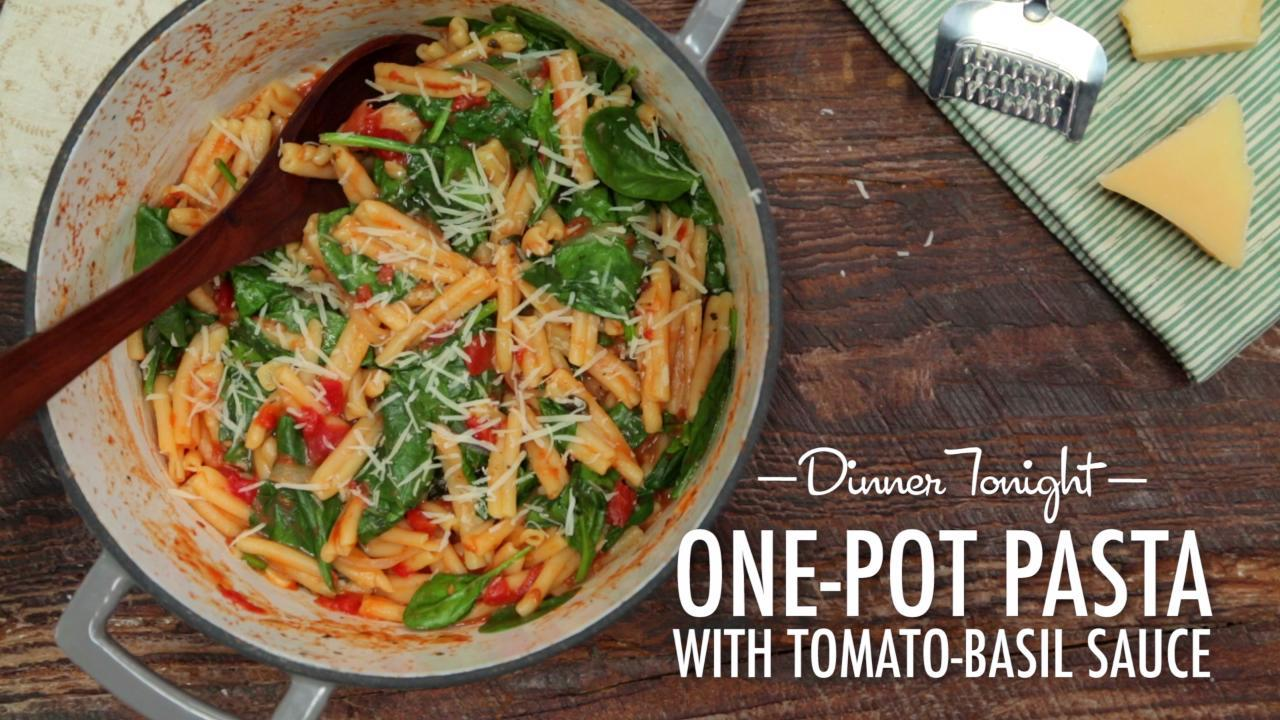 How to Make One Pot Pasta with Tomato-Basil Sauce