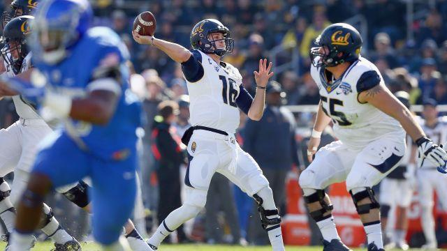 These Former Pros Think Jared Goff Is the Best QB in the NFL Draft
