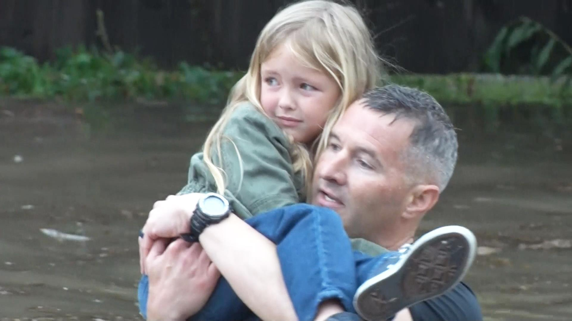 Police Rescue Flood Victims in Mississippi
