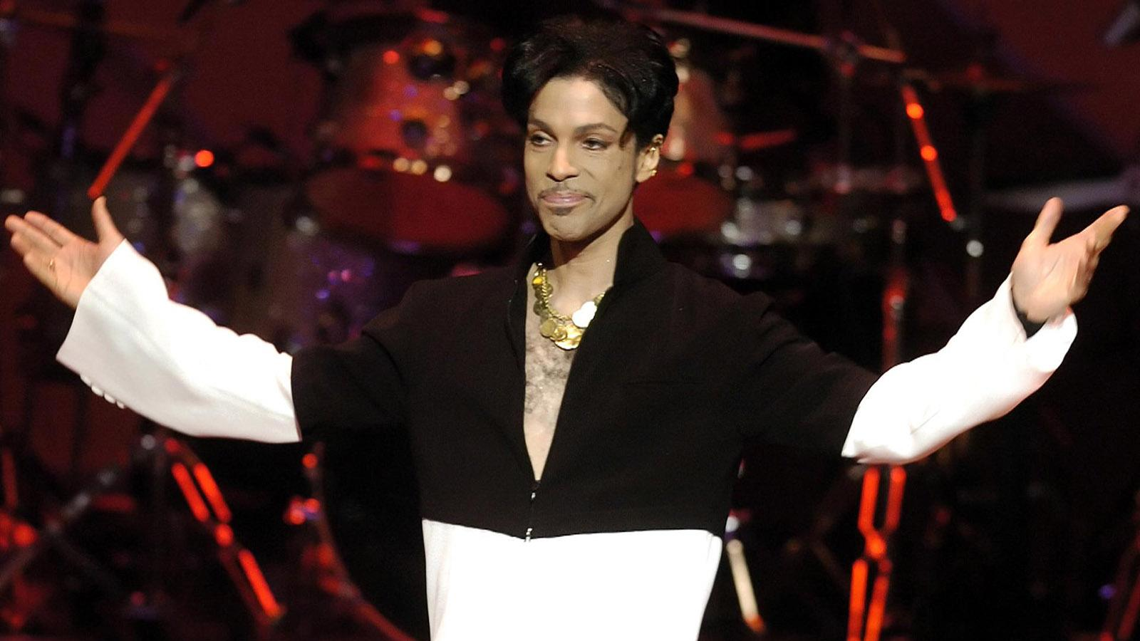 Prince Reportedly Possessed Prescription Opioids At Time Of Death