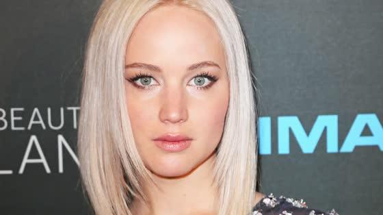 Jennifer Lawrence Claims She Has 'No Dating Life'