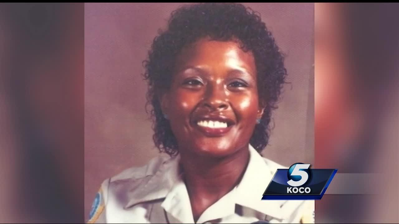 After nearly four decades, Oklahoma meter maid calling it a career