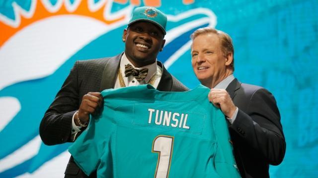 Laremy Tunsil's NFL Draft Stock Hurt by Social Media Leak