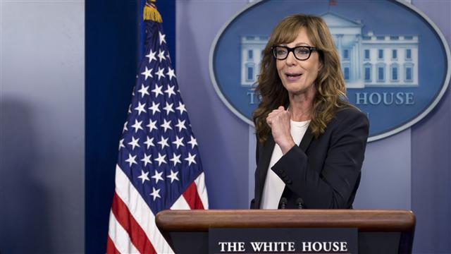 'C.J. Cregg' Makes a White House Cameo