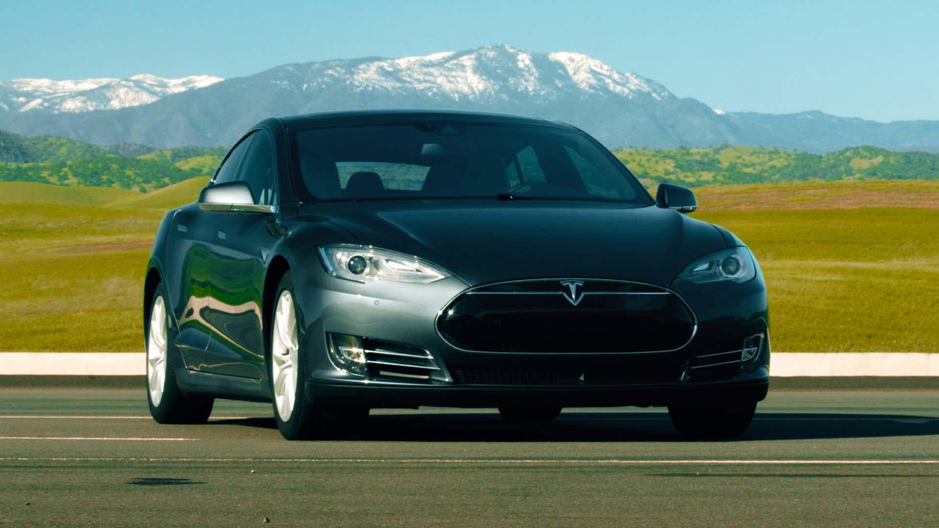Tesla's Model S 90D is the luxury electric with the longest legs